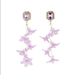 NWT Floral Dangle Earrings w/ Crystal & Pearl